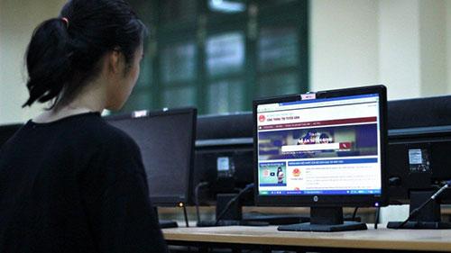 Thí sinh có thể tra cứu điểm chuẩn tại các Phương tiện truyền thông