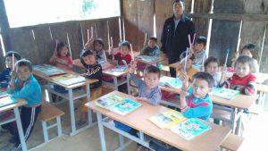 Lớp học đơn sơ của 44 Thầy giáo và các em học sinh Tiểu học
