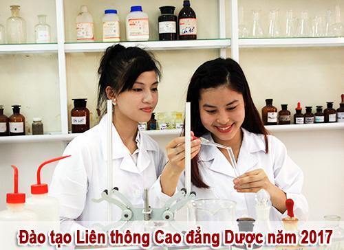 Sinh viên Liên thông Cao đẳng Dược được thực hành nhiều trong phòng thí nghiệm