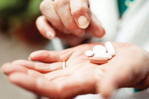 Sử dụng thuốc kháng sinh phải theo chỉ dẫn của bác sĩ