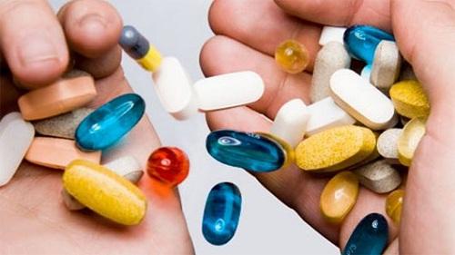 Không nên sử dụng nhiều loại thuốc cùng lúc