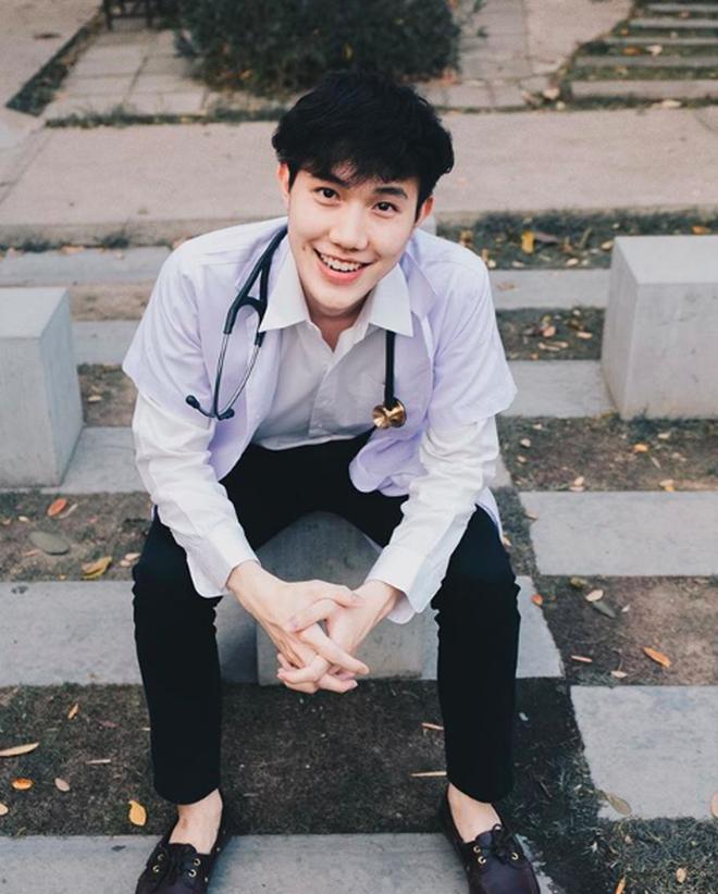 """Nam sinh ngành Dược Thái Lan """"hot"""" không kém ngôi sao điện ảnh - 3"""