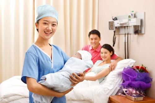Mức lương của ngành Hộ sinh tại Việt Nam như thế nào?