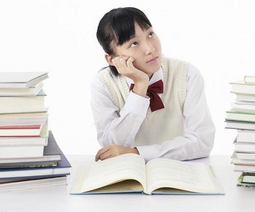 Sinh viên Cao đẳng Y Dược năm cuối cần chuẩn bị gì trước khi ra trường?