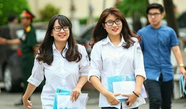 Thí sinh đăng ký dự thi THPT quốc gia