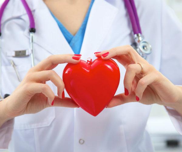 Nội dung 12 điều Y đức trong ngành Y tế sinh viên Cao đẳng Y Dược cần nhớ